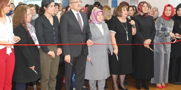 Zeytinburnu Kent Konseyi Kadın Meclisi 8 Martı Kutladı