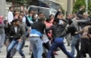 Zeytinburnu'nda Suriyeli iki grup kavga etti