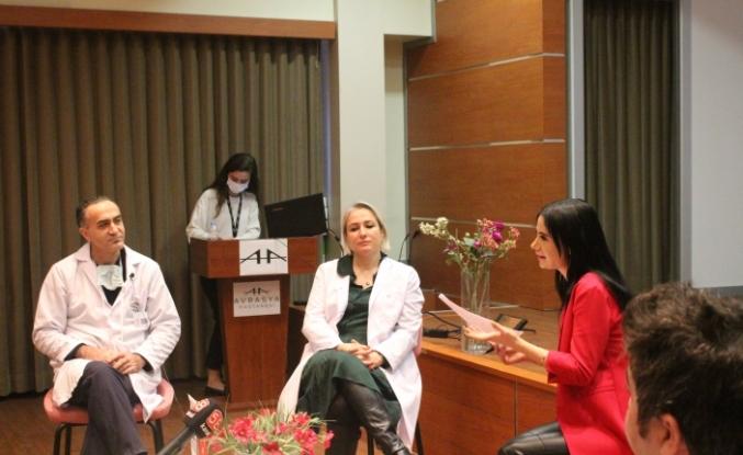 Avrasya Hastanesi Hekimleri KOVİD 19 Aşısı İçin Halka Bilgi Verdi