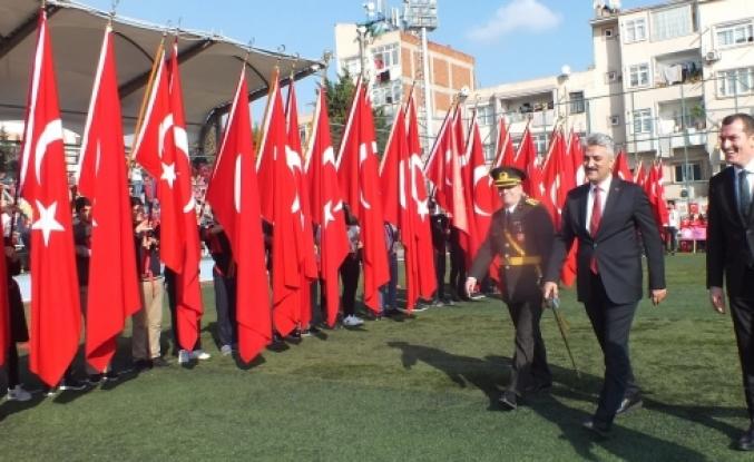Cumhuriyetin 96.Yılına Zeytinburnu'nda Görkemli Kutlama