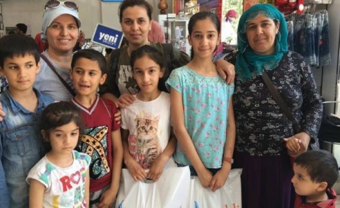Hayırsever iş adamı bayram öncesi çocukları  ve Aileleri Sevindirdi