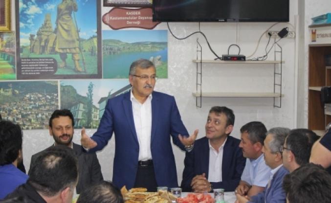 KAS DER Ak Parti'yi Sahurda kabul etti