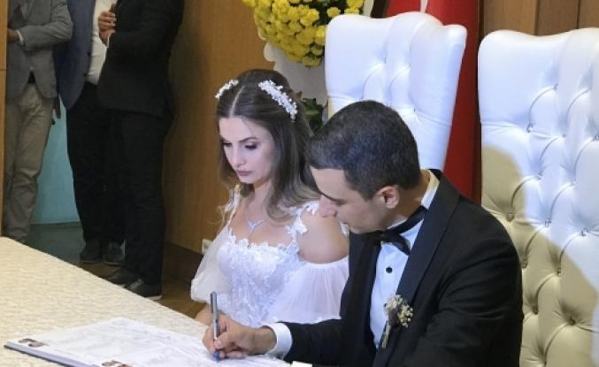 Merve Burak'ın Nikahını Başkan Arısoy Kıydı