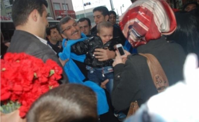 Murat Aydın 'dan sevgi yürüyüşlerine devam
