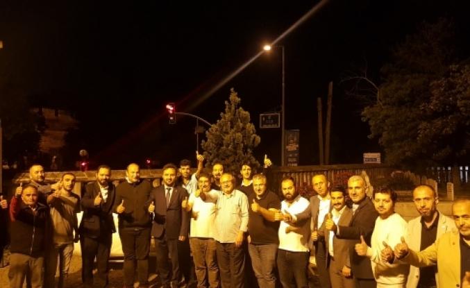 Zeytinburnu'nun ebedi sakini Erbakan'ın Kabri Başında İftar